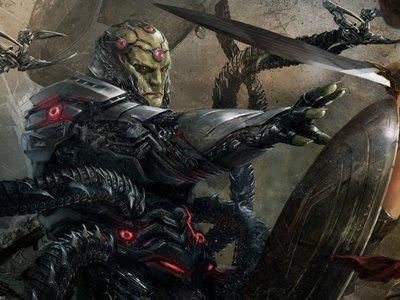 Brainiac entra en escena en el nuevo tráiler de Injustice 2