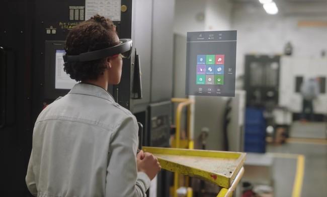 Las primeras aplicaciones para explotar la Realidad Mixta llegan en forma de preview a la Tienda de Microsoft