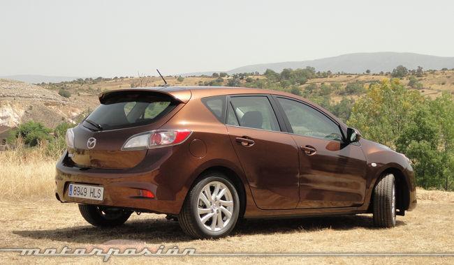 Mazda3 1.6 CRTD 115 cv lateral