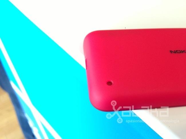 Foto de Nokia Lumia 620 primeras impresiones (12/15)