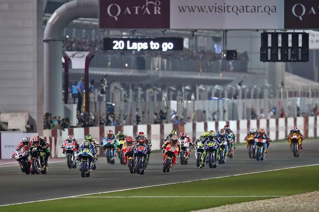Sólo MotoGP correrá de noche en el GP de Catar 2018 para evitar los problemas con la lluvia de 2017