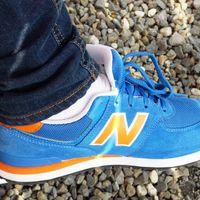 Tallas sueltas de zapatillas deportivas en oferta en Amazon: New Balance 373, Asics Gel y Reebok Classic rebajadas
