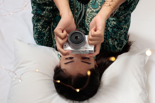 Canon EOS M100, Olympus OM-D E-M1 Mark II, Nikon D750 y más productos de fotografía en oferta: Cazando Gangas especial Halloween