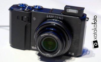 Samsung EX1, toma de contacto