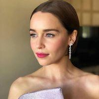 Emilia Clarke, guerrera dentro y fuera de la pantalla, habla de los aneurismas que sufrió mientras rodaba 'Juego de tronos'
