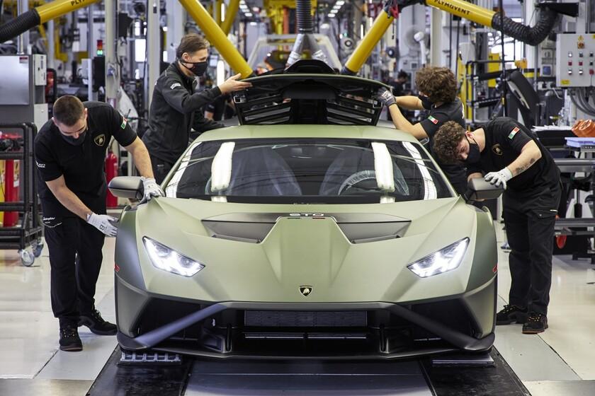 ¡Revolución en Lamborghini! El primer toro eléctrico llegará en 2025, y todos los Lamborghini estarán electrificados en 2024