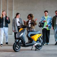 El Piaggio ONE llegará en junio a Europa con 90 km de autonomía y el objetivo puesto en los millennials
