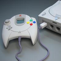 Retro-Bit traerá de vuelta el mítico mando de Dreamcast, aunque con una versión con unos cuantos retoques