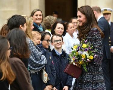 Chanel ha sido el gran aliado de los looks de Kate Middleton en su segundo día en París