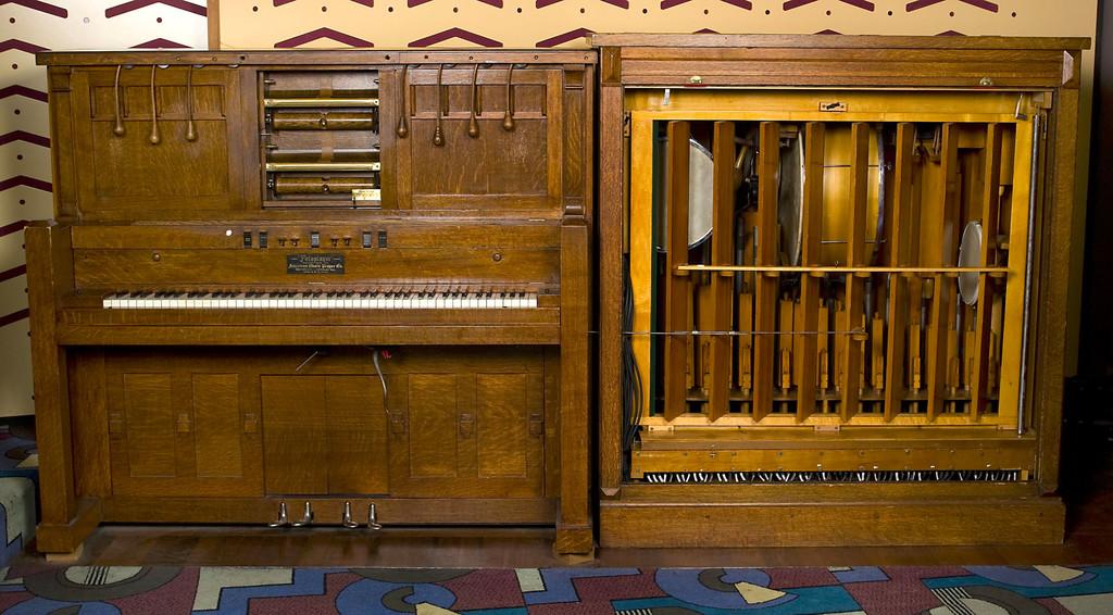 Así se añadía el sonido a los dibujos animados antes del cine sonoro: la compleja simplicidad de las orquestas mecánicas