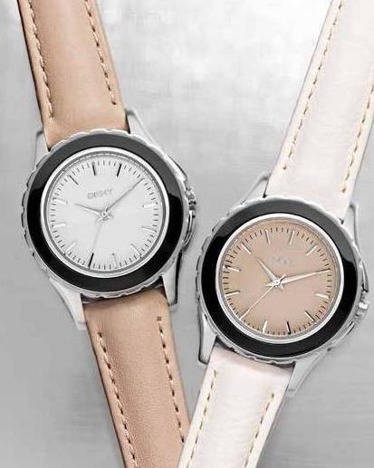 nude reloj