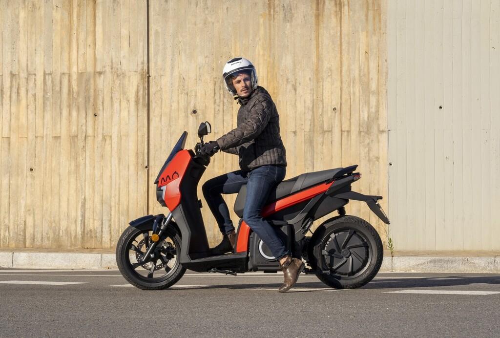 La SEAT MÓ eScooter 125 ya se puede comprar en España: precio y disponibilidad oficiales