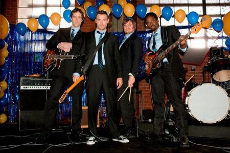 'Wedding Band', para bodas, bautizos y comuniones