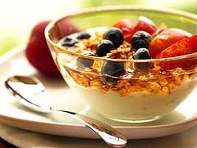 Cómo realizar un desayuno saludable dentro y fuera de casa