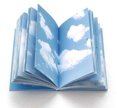 La libreta de notas para escribir en las Nubes