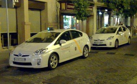 Toyota Prius taxi, en Sevilla