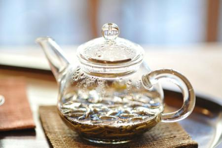¿Te animas a usar el té y otras infusiones en la cocina? Consejos para sacarles el máximo partido
