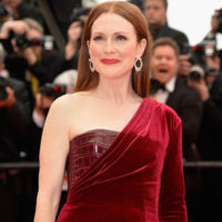 El glamour pisa la alfombra roja de Cannes de la mano de una perfecta Julianne Moore