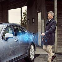 Arrancar el coche con el corazón o recibir paquetes en el maletero, así evolucionan las llaves digitales