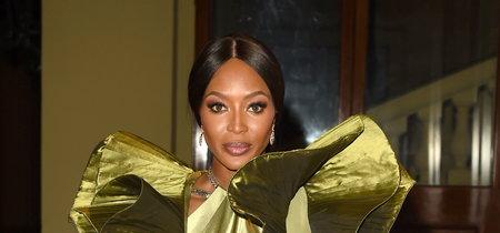 Naomi Campbell deja noqueado al personal con este look de gala (y vintage)