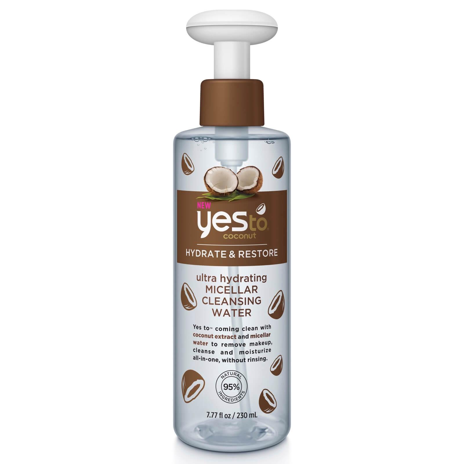 Agua micelar limpiadora y ultrahidratante de coco de Yes to