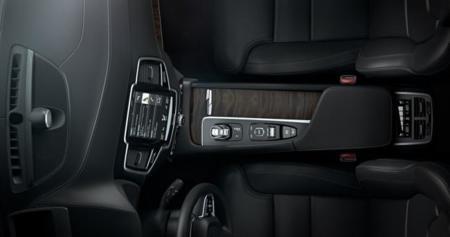Volvo XC90 se prepara para sustituir botones por un panel táctil enorme