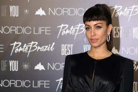 Hiba Abouk nos deja sin palabras con su nuevo look, mini flequillo incluído