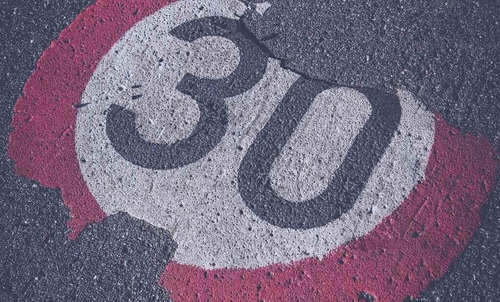 La DGT aprobará los límites de velocidad a 20 y 30 km/h en ciudad esta misma semana