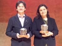 Rodrigo Muñoz Avia y Care Santos, ganadores del XXIII Premio edebé de Literatura Infantil y Juvenil