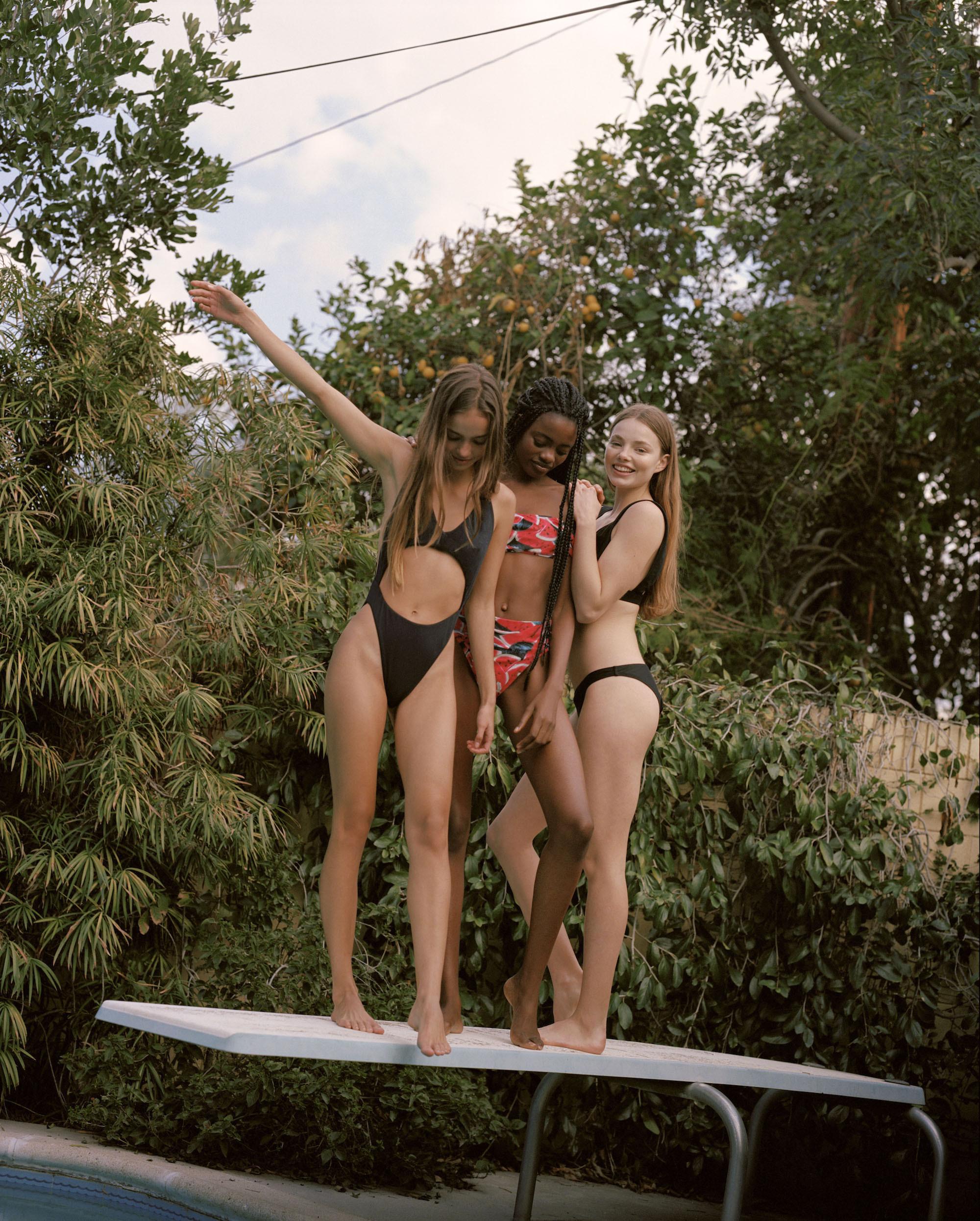 Bañadores y bikinis Pull & Bear verano 2018