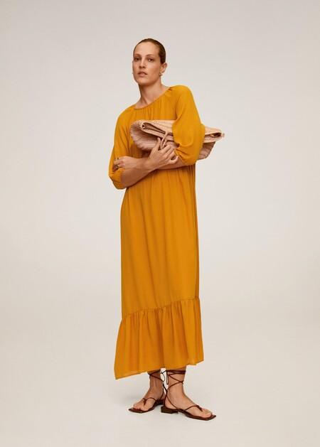 https://shop.mango.com/es/mujer/vestidos-largos/vestido-largo-fluido_67057655.html