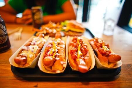 Comer un Hot Dog puede quitarte 36 minutos de vida saludable, pero un sandwich de crema de cacahuate te repone 33, según estudio