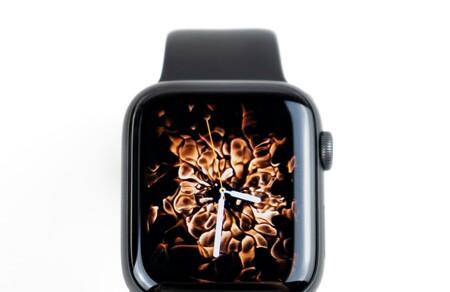 Ya disponible la beta pública de watchOS 8, así podemos instalarla en nuestros Apple Watch
