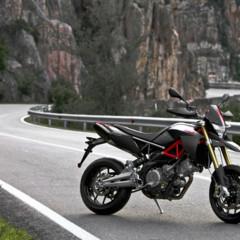 Foto 17 de 30 de la galería aprilia-dorsoduro-factory-2010 en Motorpasion Moto
