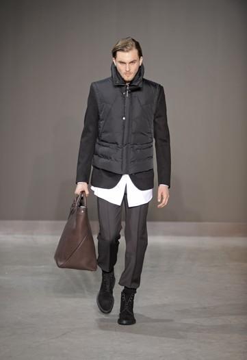 Foto de Louis Vuitton, Otoño-Invierno 2010/2011 en la Semana de la Moda de París (4/13)