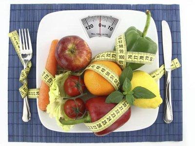 Así puedes hacer tu propia dieta detox basada en comida real para deshacerte de los kilos extra de la Navidad