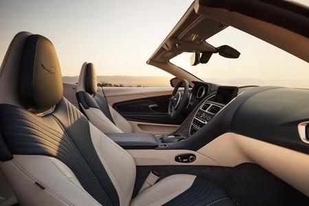 Aston Martin Db11 Volante 14