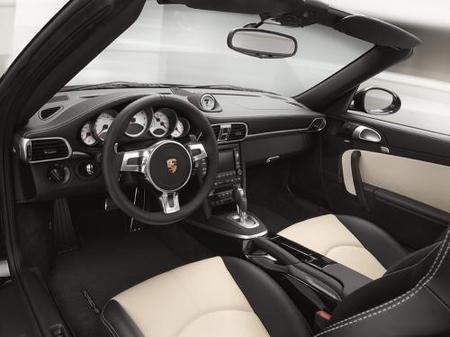 Porche 911 Turbo S-01