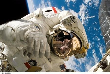 Se presenta el prototipo del traje espacial que llevará la NASA a Marte