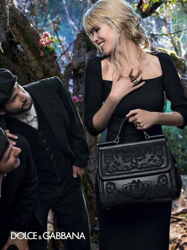 Claudia Schiffer es la nueva diva de Dolce & Gabbana en su campaña Otoño-Invierno 2014/2015