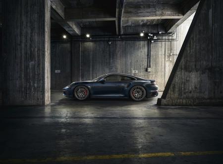 Porsche 911 Turbo 2021 1