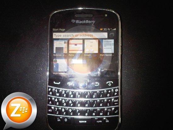 BlackBerry Bold Touch 9900 se muestra en todo su esplendor en imágenes