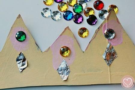 Manualidades Reyes Magos Corona Carton