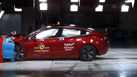 Tesla Model 3 obtiene cinco estrellas en las pruebas de Euro NCAP