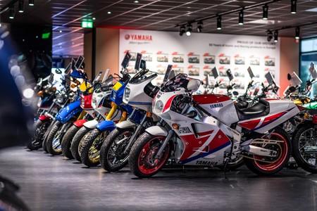 Yamaha inaugura un impresionante museo en Europa con motos míticas, pero no lo abrirá al público
