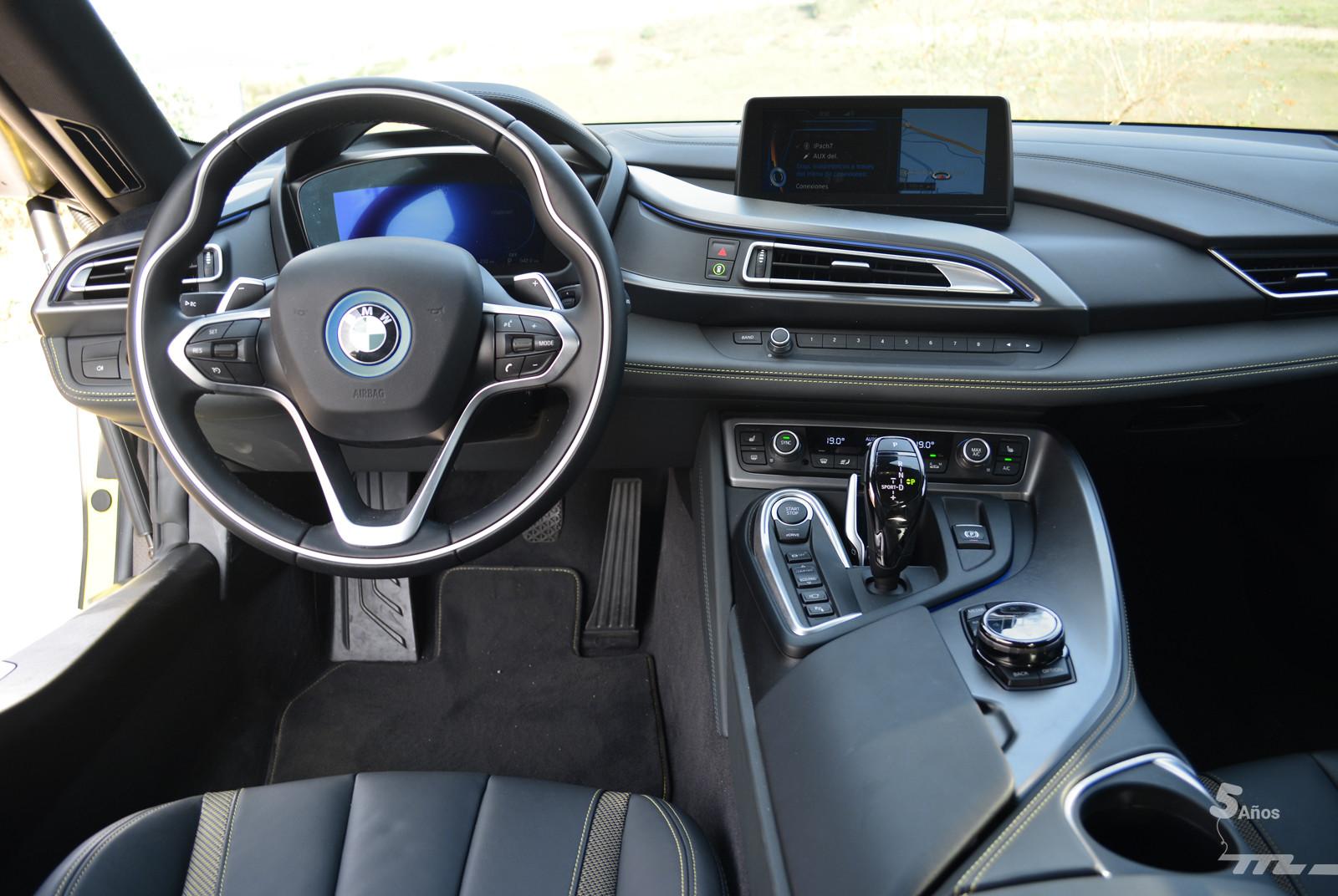 Foto de BMW i8 Protonic Frozen Yellow 2017 (15/21)