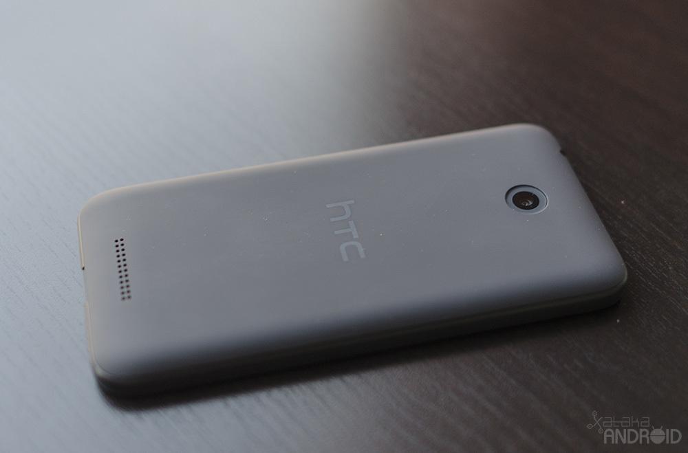 Foto de HTC Desire 510, diseño (13/22)