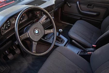 Bmw Serie 5 E28 interior