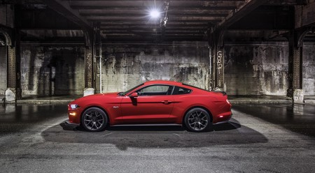 Mustang Performance Pack Level 2 8