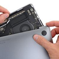 El nuevo MacBook Pro por dentro, iFixit nos muestra qué lleva en su interior